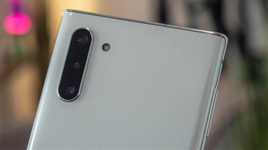 Camera sau Samsung Note 10