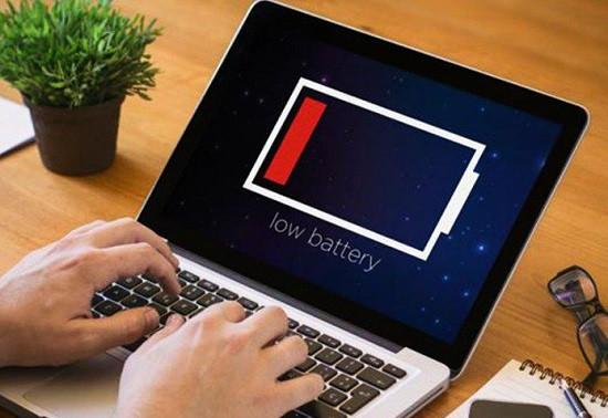 Dấu hiệu cho thấy pin laptop bị chai
