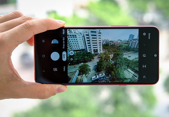 Dấu hiệu nhận thấy camera sau Samsung A20s bị hư