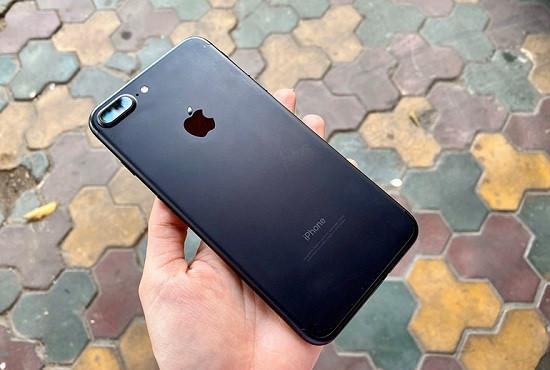 iPhone 7 Plus không nhận sạc có rất nhiều nguyên nhân xảy ra