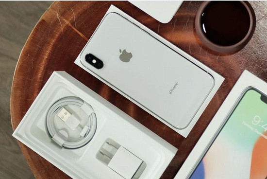 Nhiều người đang có nhu cầu thay pin iPhone X