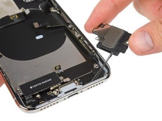 Loa ngoài iPhone 11 Pro Max