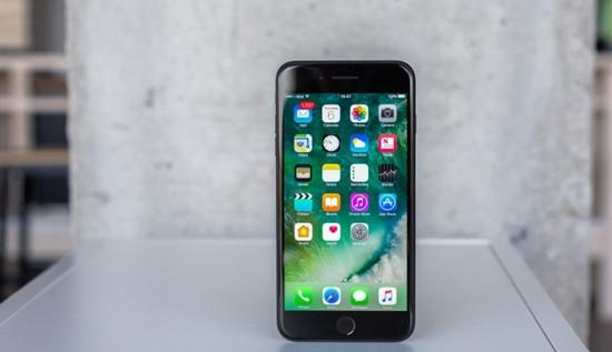 Màn hình iPhone 7 Plus bị ám vàng