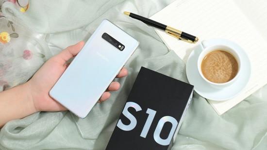 Nắp lưng Samsung S10