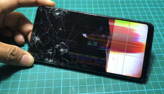 Oppo F7 hư màn hình