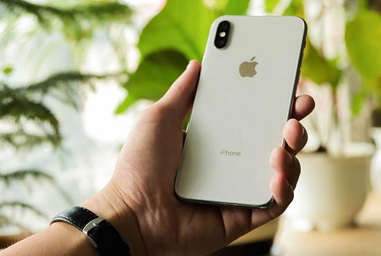 Thay loa trong iPhone X uy tín tại thành phố Hồ Chí Minh