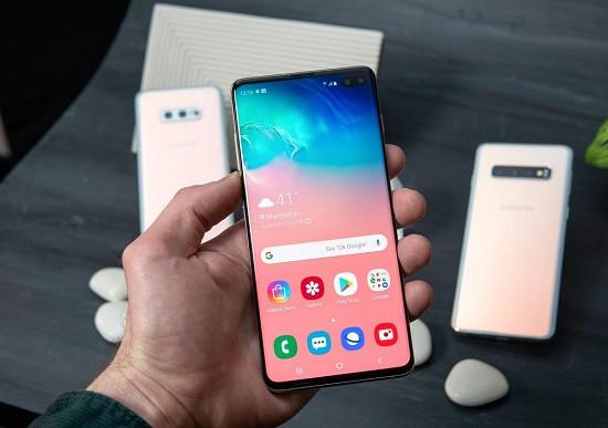 Thay loa trong Samsung S10 Plus giá tốt uy tín