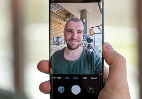 Dấu hiệu nhận biết camera trước Xiaomi Mi 10 Pro hư camera trước