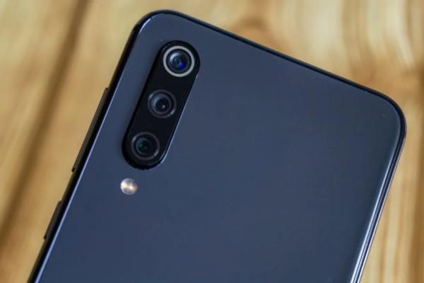 Camera sau Xiaomi Mi 9 SE
