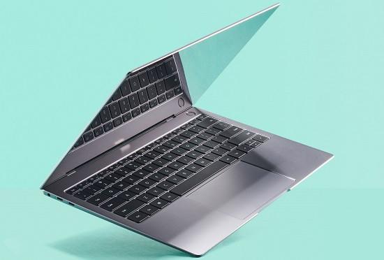 Gập màn hình laptop khi chưa tắt máy