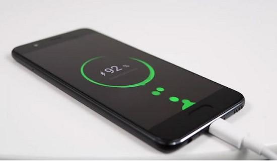 Huawei sạc không vào pin