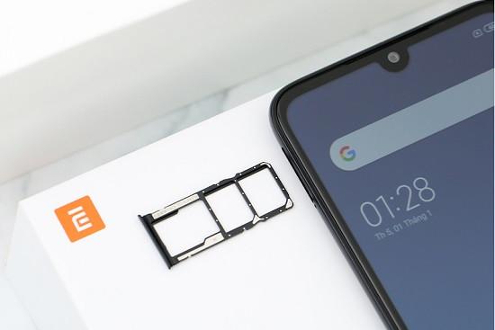Tháo SIM và thẻ nhớ trên Xiaomi
