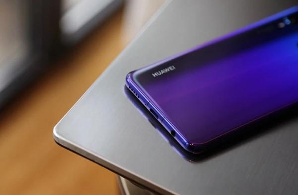 Loa ngoài Huawei Nova 3