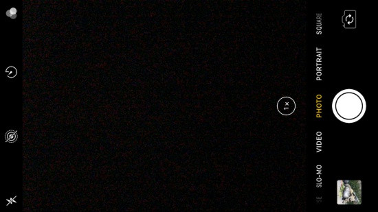Màn hình camera trước iPhone 6 Plus tối đen