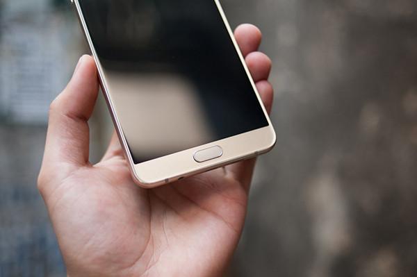 Màn hình Samsung A9 Pro bật không lên