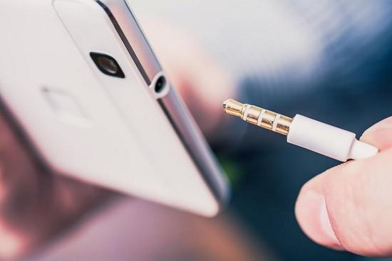 Khắc phục Samsung bị kẹt chế độ tai nghe