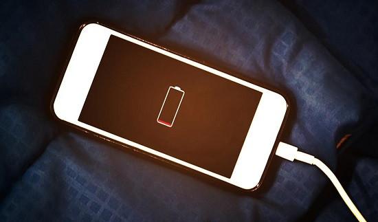 Nên bật chế độ tiết kiệm pin liên tục hay không?