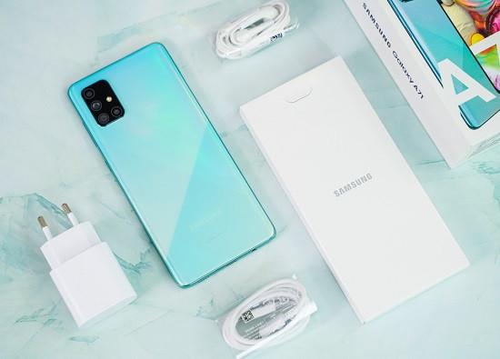 Dùng bộ sạc chính hãng cho Samsung A71
