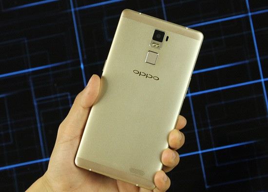 Thay mặt kính Oppo R7 Plus chất lượng cao