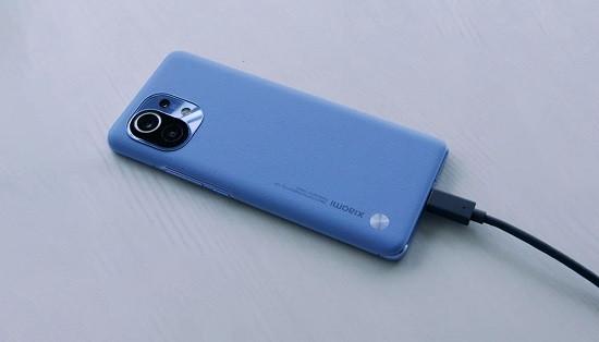 Thay pin Xiaomi Mi 11 uy tín giá tốt