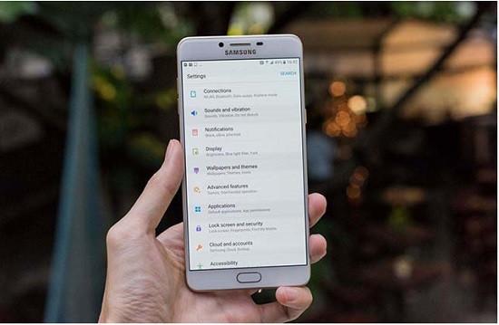 Thay camera trước Samsung C9 Pro chất lượng cao