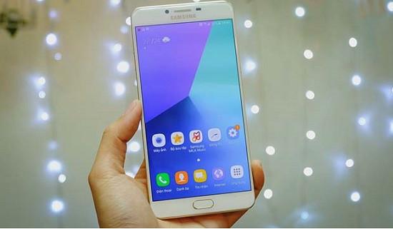 Thay camera trước Samsung C9 Pro uy tín