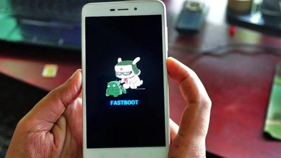 Xiaomi bị treo Fastboot
