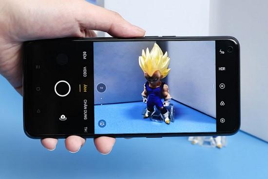Thay camera sau Oppo A74 giá rẻ uy tín