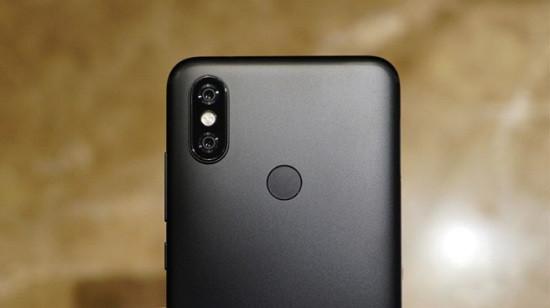 Thay camera sau Xiaomi Mi A2 giá tốt lấy ngay