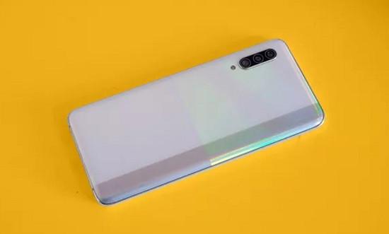 Thay vỏ Samsung A90 giá rẻ uy tín