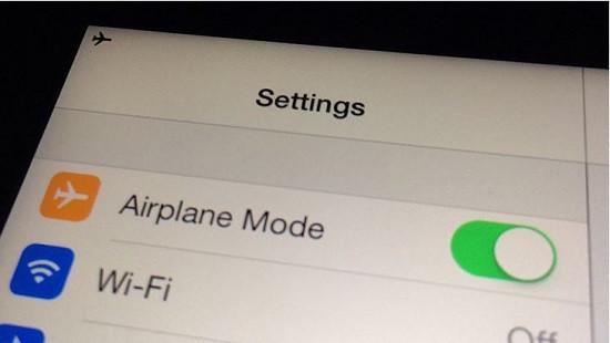 Chế độ máy bay trên iPhone 12 Pro Max