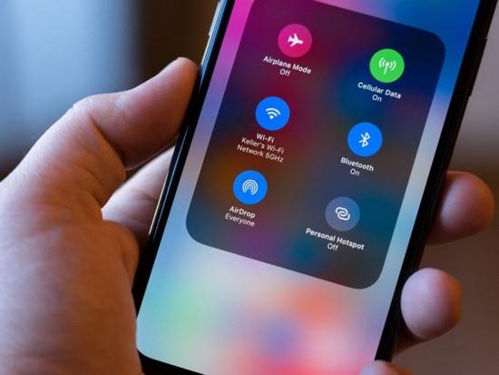 iPhone 11 Pro Max không nhận Airdrop