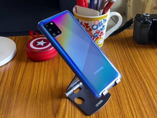 Nắp lưng Samsung A31