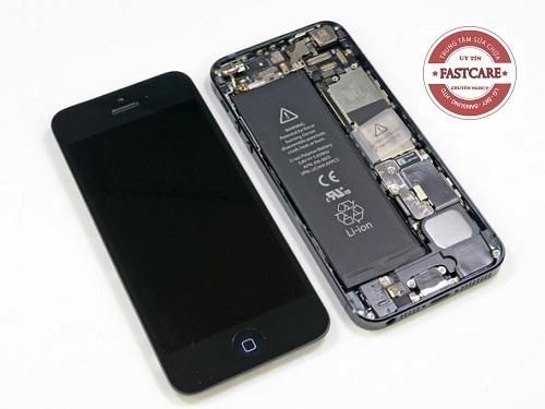 Hướng dẫn thay màn hình iPhone 5 tại nhà