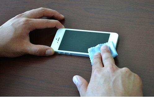 muoi no giup han che vet xuoc man hinh iPhone 6s
