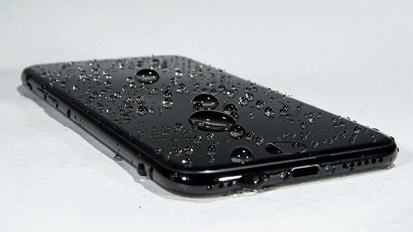Những nguyên nhân dẫn đến iPhone 7 bị mất cảm ứng