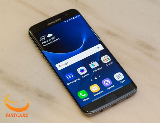 man hinh samsung s7 voi chat luong hien thi cuc ro net