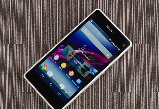 thay man hinh Sony Z1 Mini