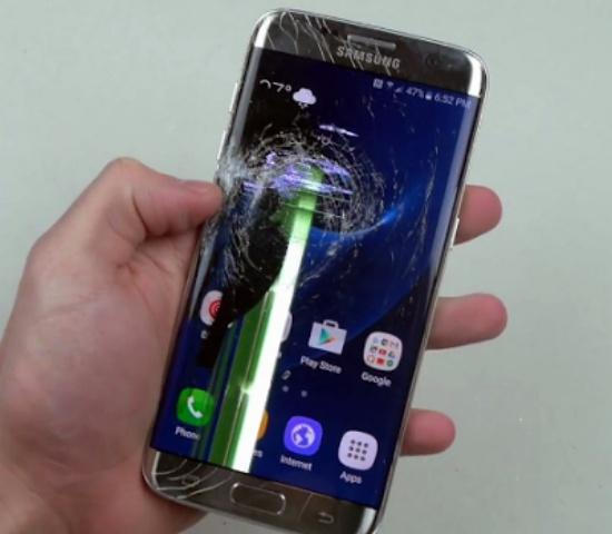 Samsung S7 Edge bi loi soc man hinh
