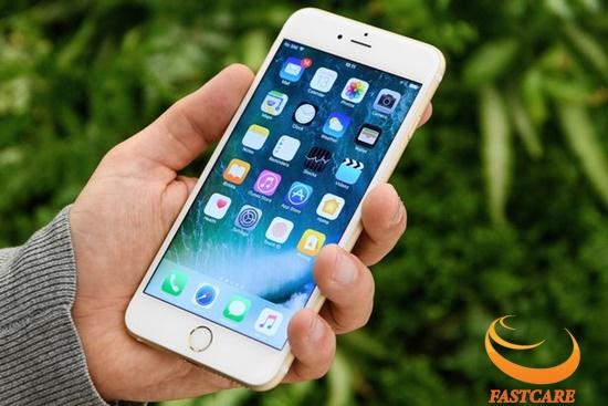 iPhone 7 Plus bi do man hinh