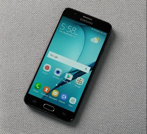 Dấu hiệu phải thay chân sạc Samsung J7 Prime