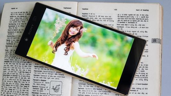 Sony Z5 bi liet cam ung