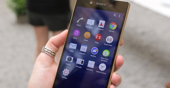 Sony-Z5-nhanh-het-pin-1