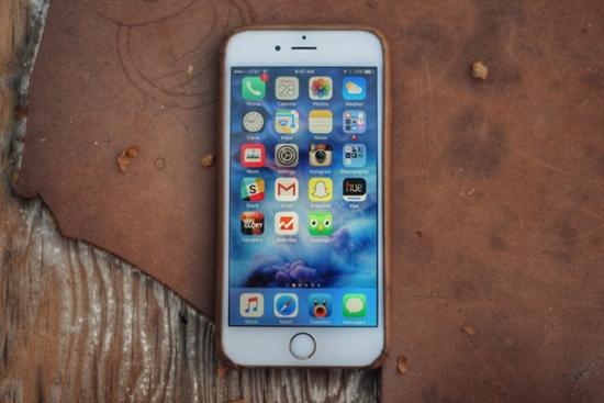 iPhone 6s bi nong may
