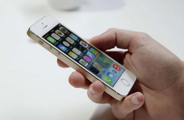 khac phuc loi iphone 5s bi mat song