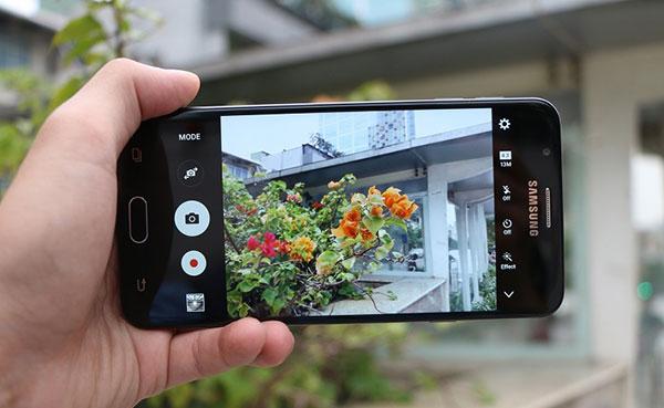 Samsung J7 Prime bi loi camera sau