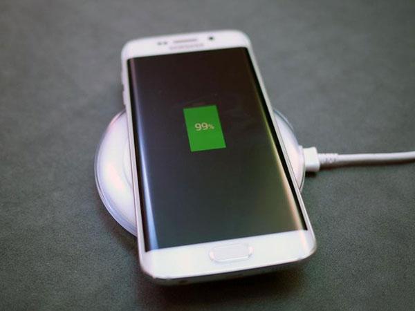 Samsung S6 Edge sac khong nhan pin