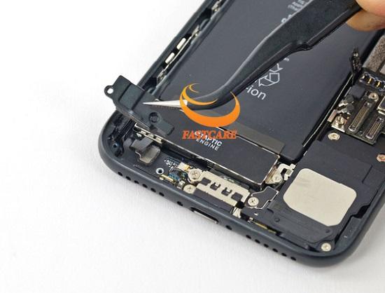 thay-rung-iphone-7