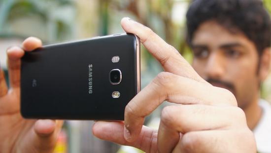 Samsung J7 bi loi camera sau