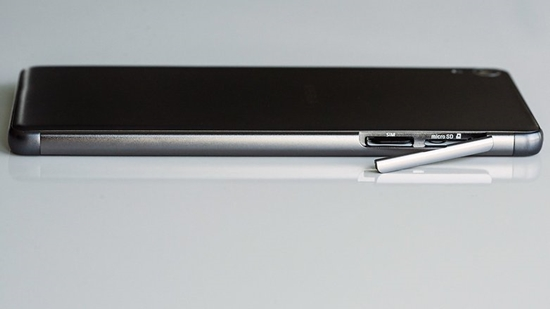 Sony XA khong len man hinh